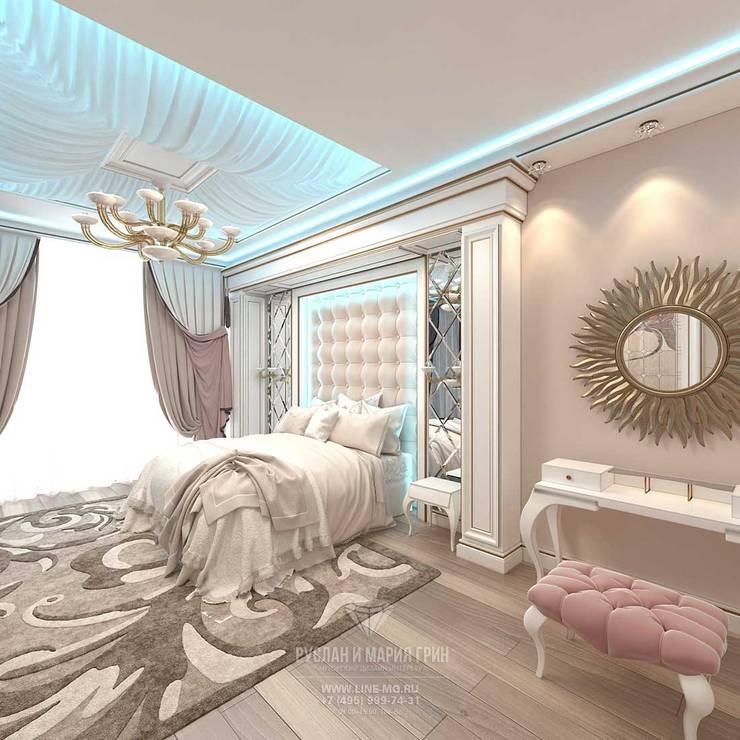 Дизайн спальни в бежевых тонах. Квартира в ЖК «Сколково Парк»: Спальни в . Автор – Студия дизайна интерьера Руслана и Марии Грин