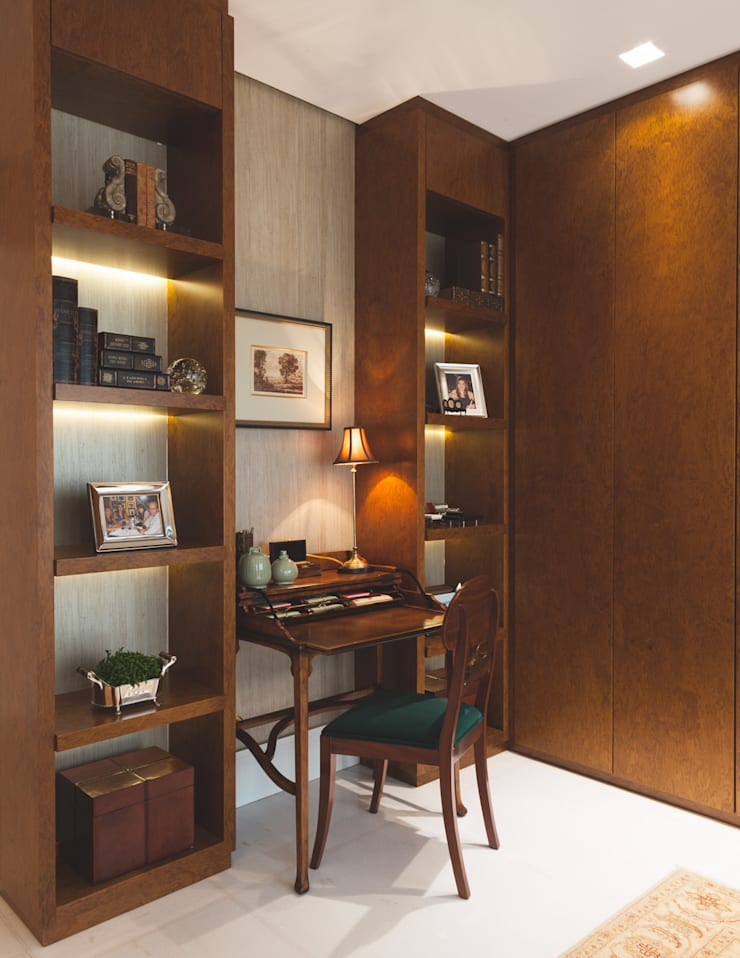 Study/office by Rosangela C Brandão Interiores,