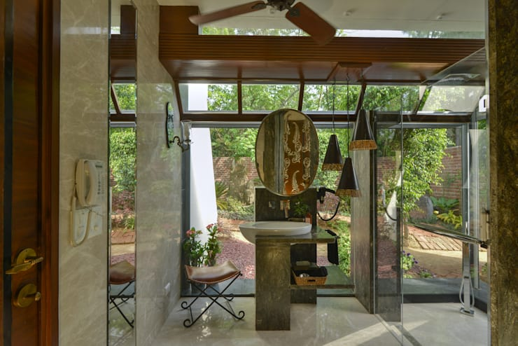 Juanapur Farmhouse:  Artwork by monica khanna designs