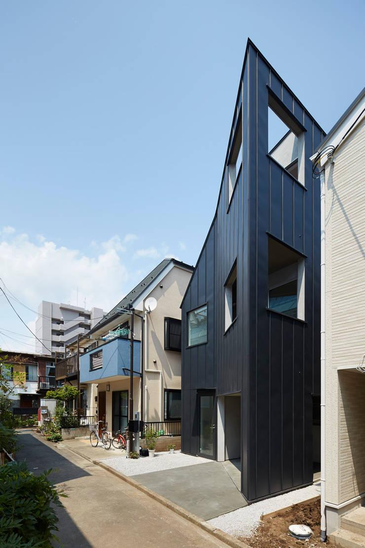 目黒本町の家: 牧野研造建築設計事務所が手掛けた家です。
