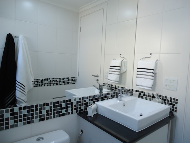 Banheiro menino: Banheiros  por Danielle David Arquitetura
