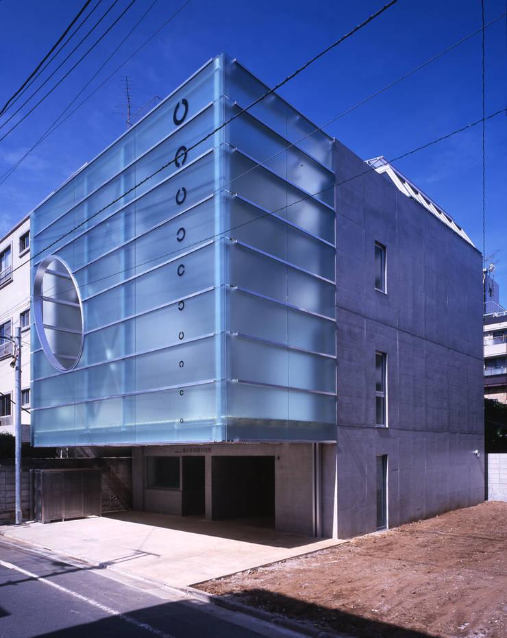 Modern houses by Guen BERTHEAU-SUZUKI Co.,Ltd. Modern