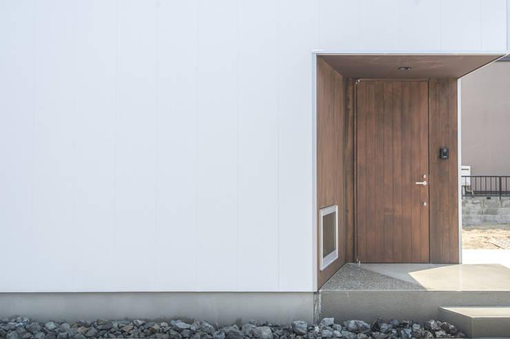 つどう×つながる家: 加藤淳一級建築士事務所が手掛けた窓です。