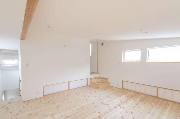 つどう×つながる家: 加藤淳一級建築士事務所が手掛けた和室です。