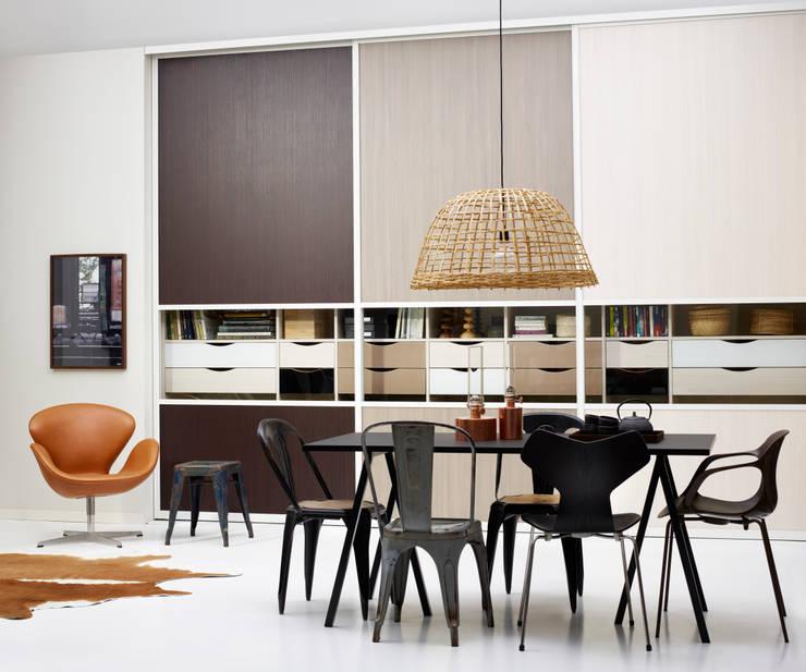 Sala da pranzo in stile  di Elfa Deutschland GmbH