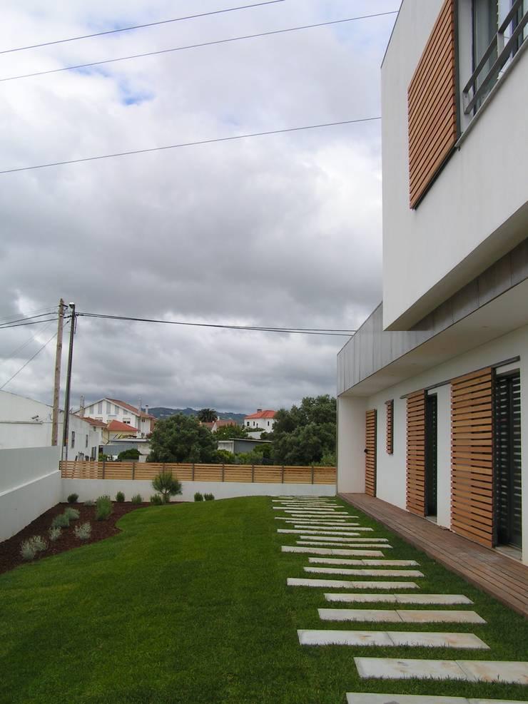 Casa Cubo: Casas  por Plano Humano Arquitectos