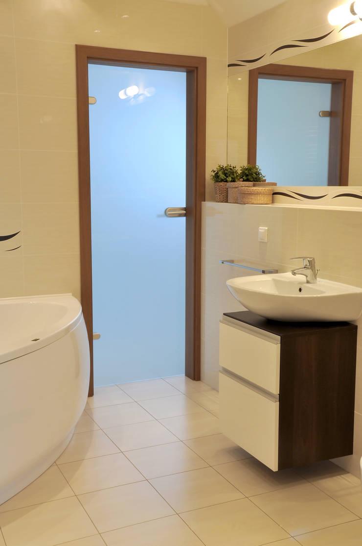 Salle de bains de style  par Biuro Projektów MTM Styl - domywstylu.pl,