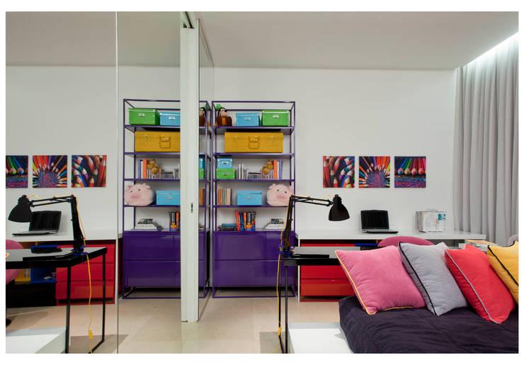 Recámaras infantiles de estilo  por ANDRÉ BRANDÃO + MÁRCIA VARIZO arquitetura e interiores