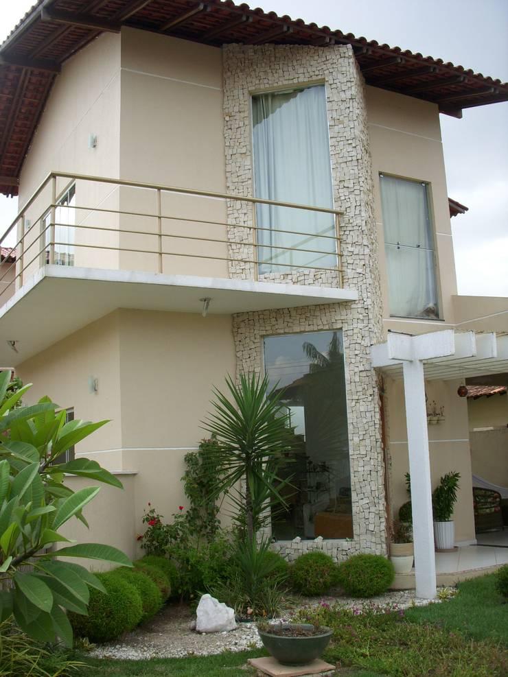 Residência TC: Casas  por Allan Feio Arquitetura