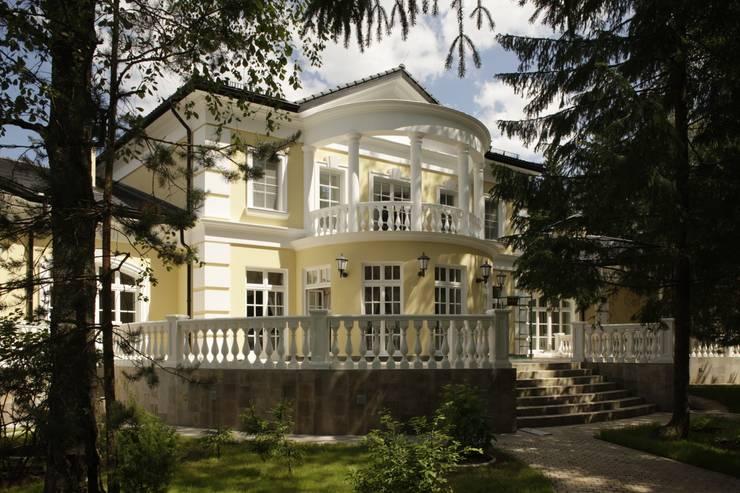 Rumah by СТУДИЯ ЮЛИИ НЕСТЕРОВОЙ