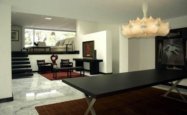 Corporativo: Salas de estilo  por Olivia Aldrete Haas