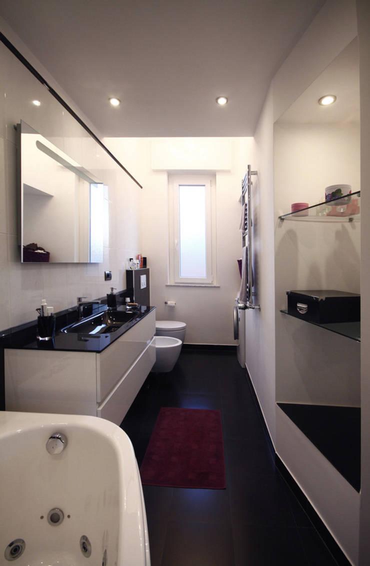 Ванные комнаты в . Автор – Andrea Orioli, Модерн