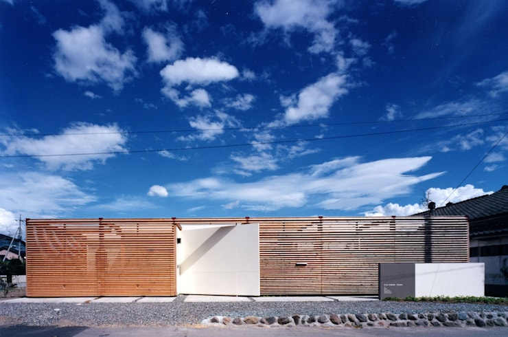 時間と共に形を変えていく: スタジオ・ベルナが手掛けた家です。