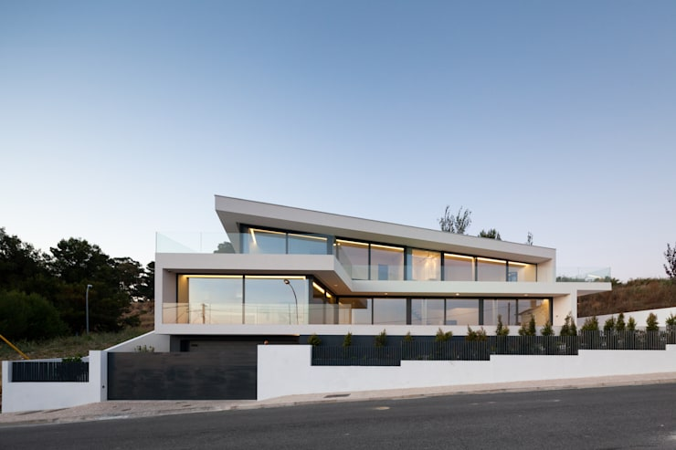 Дома в . Автор – JPS Atelier - Arquitectura, Design e Engenharia