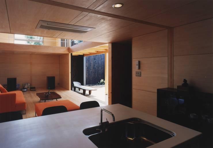 備前の家: 伊東建築計画室が手掛けたキッチンです。