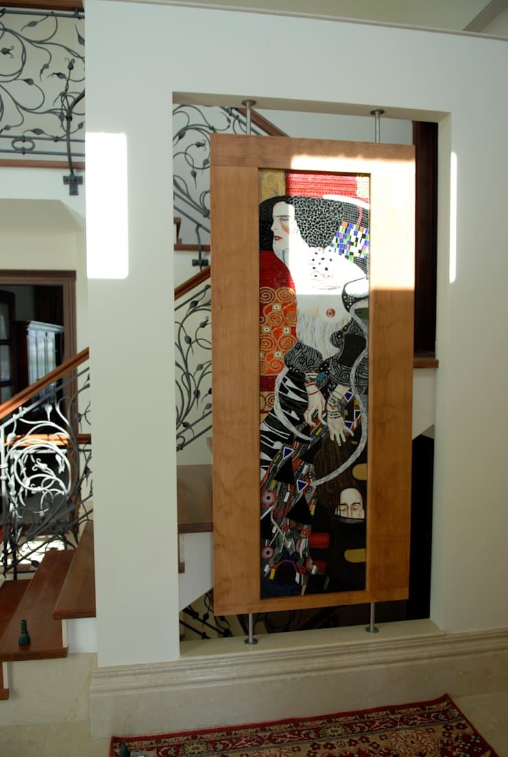 走廊 & 玄關 by Pracownia Mozaiki M, 古典風 玻璃