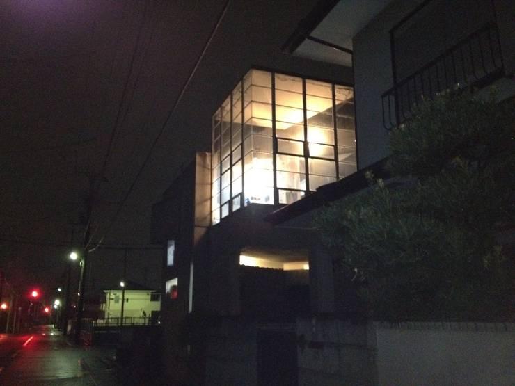 A lantern  of  the town corner: 伊藤邦明都市建築研究所が手掛けた家です。