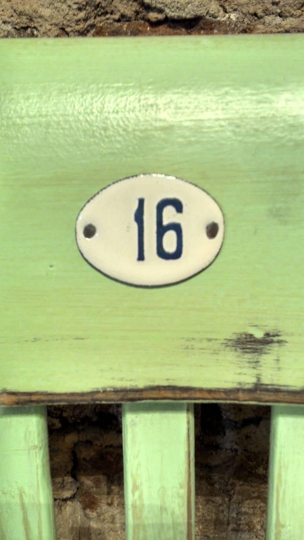 ANTIGUA SILLA THONET DE BAR: Cocinas de estilo rústico por Muebles eran los de antes - Buenos Aires