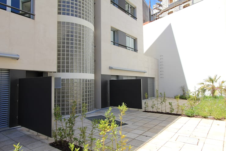 Rumah oleh ATELIER DA CIDADE, Modern