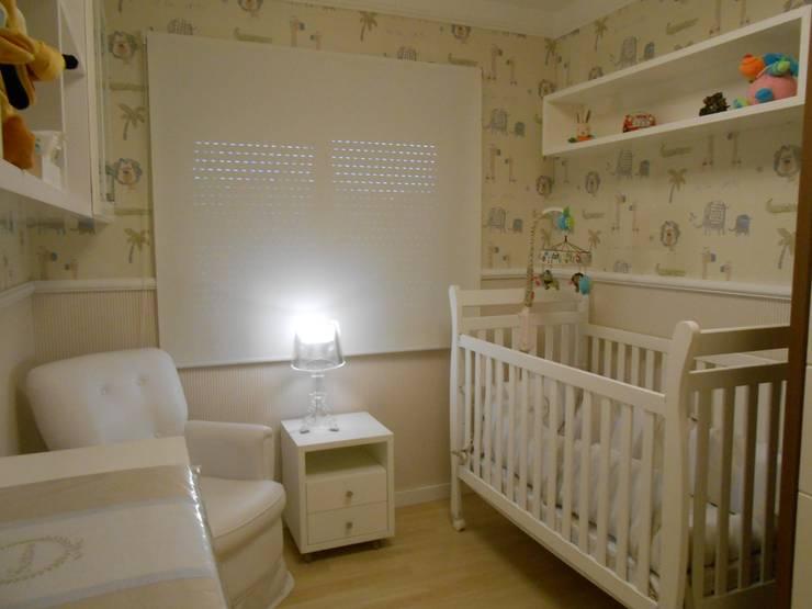 Moderne Kinderzimmer von Angela Ognibeni Arquitetura e Interiores Modern