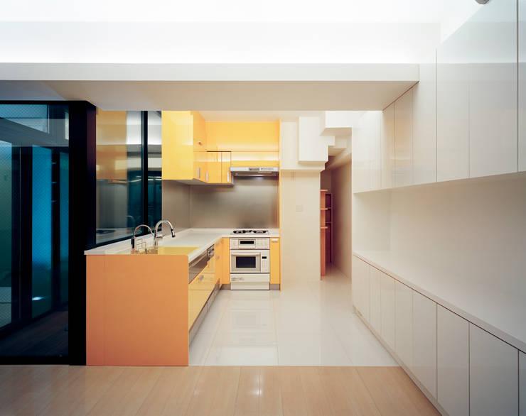Cocinas de estilo  de 片岡直樹設備設計一級建築士事務所, Moderno