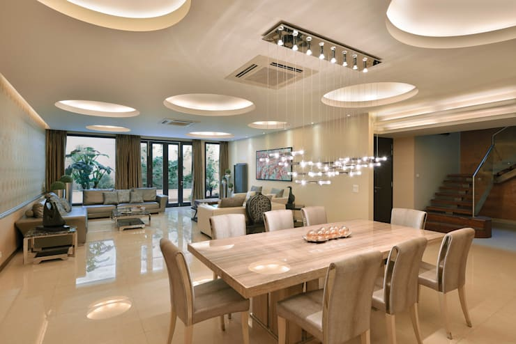 Residence Design, Rosewood City:  Dining room by H5 Interior Design