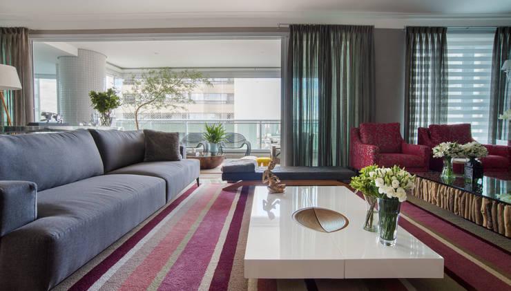 Apartamento - Living: Salas de estar  por Orlane Santos Arquitetura,Moderno