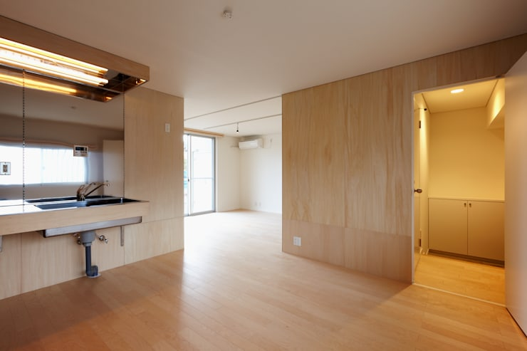 再生のカタチ モダンデザインの リビング の デザインプラネッツ一級建築士事務所 モダン