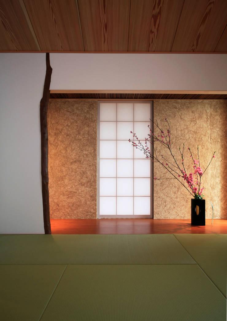 床の間: 株式会社サン工房が手掛けた和室です。
