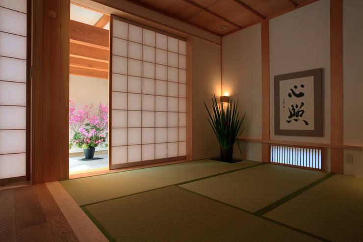 和室: 株式会社サン工房が手掛けた子供部屋です。