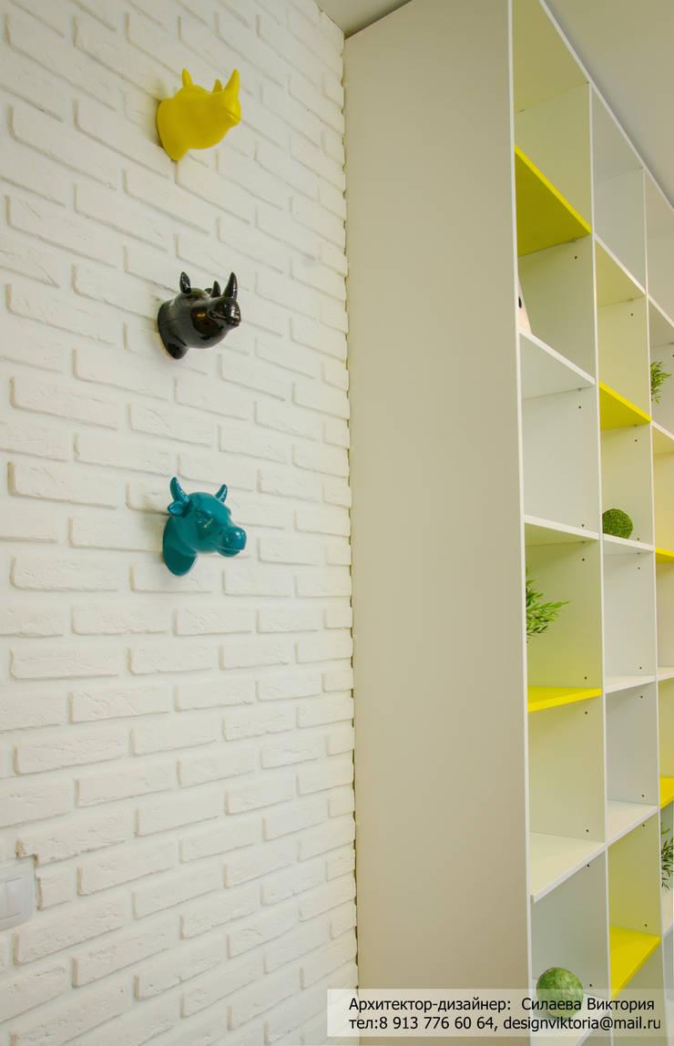 Реализация. Квартира 45 кв.м. на Романова: Гардеробные в . Автор – Студия дизайна Виктории Силаевой