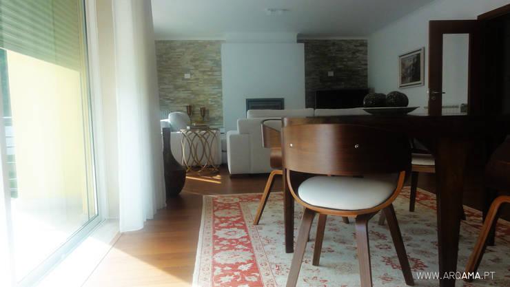 Livings de estilo de ARQAMA - Arquitetura e Design Lda Rural