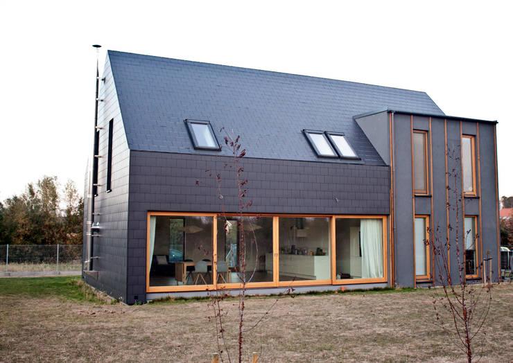 Projekty domów - House 27.1: styl , w kategorii Domy zaprojektowany przez Majchrzak Pracownia Projektowa