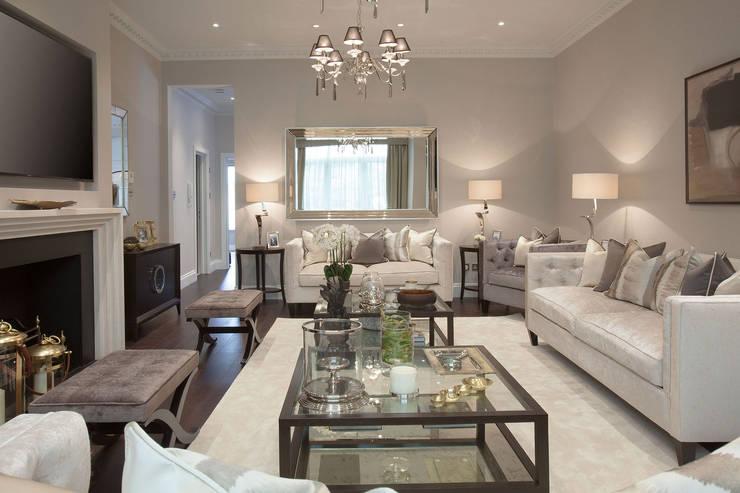Livings de estilo clásico por JHR Interiors