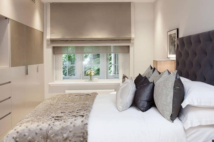 Slaapkamer door JHR Interiors