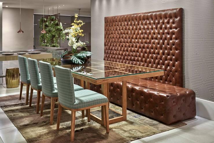 Decora Líder Vitória – Sala Descolada: Salas de jantar modernas por Lider Interiores