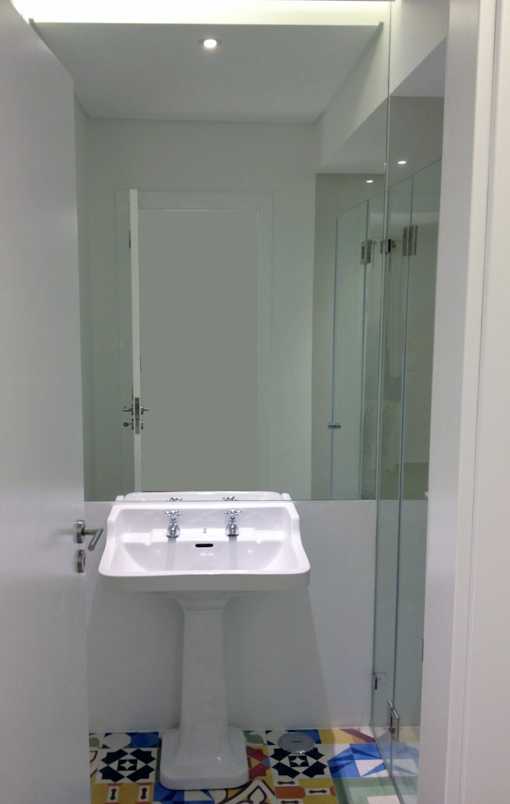 The project finished (bathroom):   por Roberto Mulassano