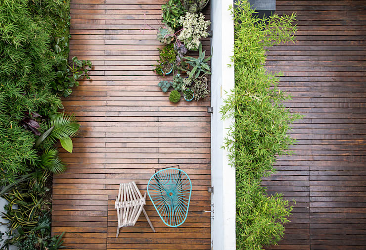 Patio: Jardines de estilo  por MeMo arquitectas