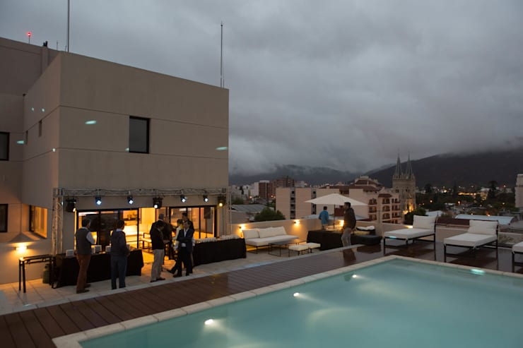 Piscina y Terraza Edificio Leguizamon 979, en Salta: Piletas de estilo  por Proyecto Norte