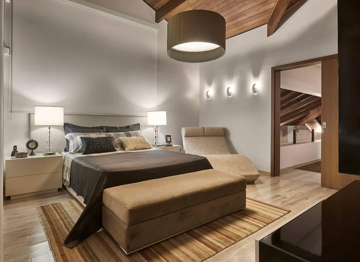 Спальни в . Автор – Isabela Canaan Arquitetos e Associados