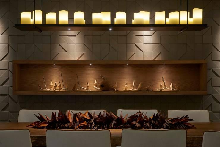 Decora Lider Vitória – Varanda Gourmet: Salas de jantar  por Lider Interiores