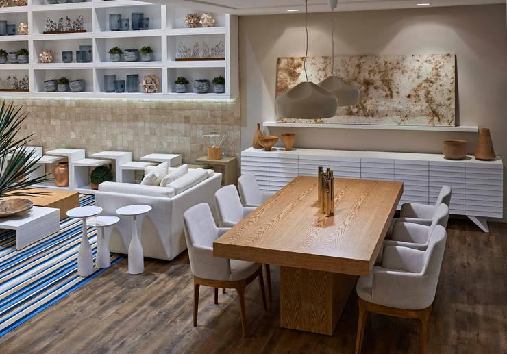Decora Lider Vitória – Estar e Jantar para Comemorar : Salas de jantar  por Lider Interiores