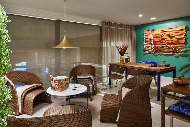 Decora Lider Vitória – Home+Office+Home: Salas de estar  por Lider Interiores