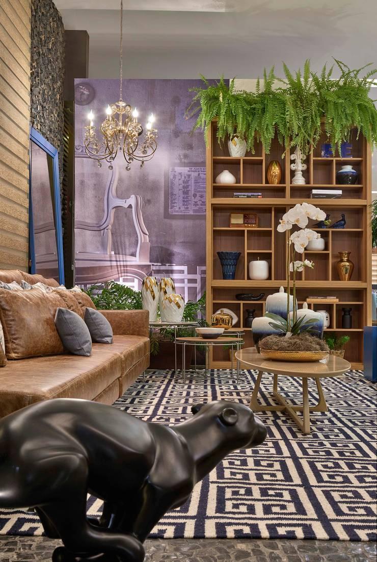 Mostra de Ambientes de Sete Lagoas – Sala de Estar: Salas de estar  por Lider Interiores