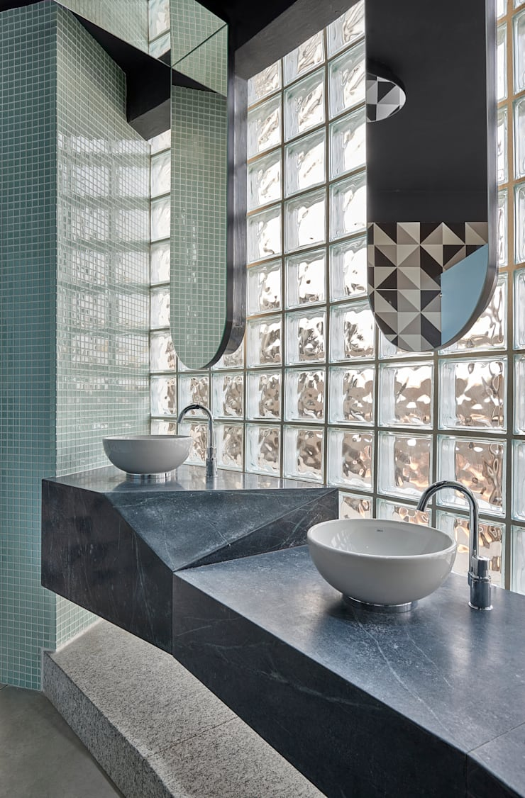 Banheiro Comercial: Banheiros  por Bellini Arquitetura e Design,Moderno
