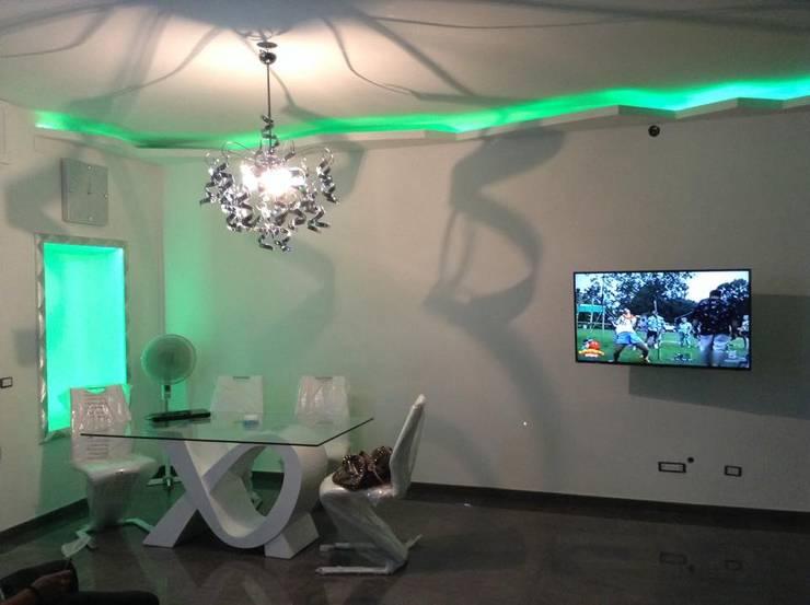 Salon de style de style Moderne par art&design