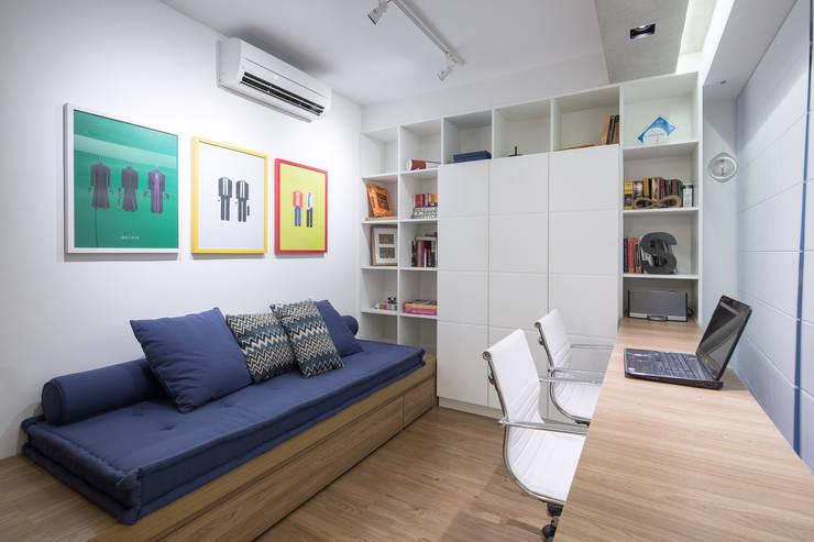 Study/office by Joana França