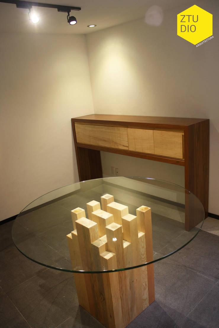 Sala de firmas : Salas multimedia de estilo  por ZTUDIO-ARQUITECTURA