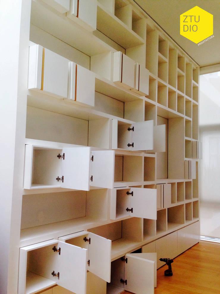 Librero : Estudio de estilo  por ZTUDIO-ARQUITECTURA