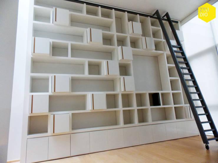 Librero B: Estudio de estilo  por ZTUDIO-ARQUITECTURA